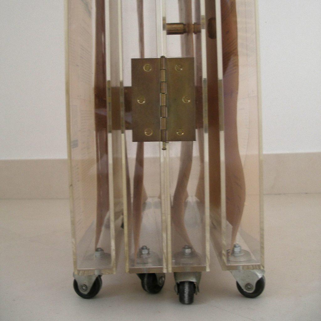 Luis Pita | Montajes tridimensionales | 3-Dimensional Assemblies | biombo (fragment of the wheels)