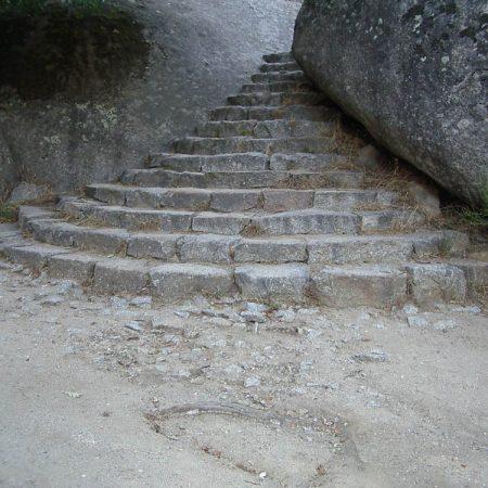Luis Pita | Fotografía | Photography | Arquitecturas | Architectures | 2006 | Escaleras de acceso a La Silla de Felipe II | Stairs to La Silla Felipe II | El Escorial | Madrid