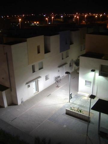Luis Pita   Fotografía   Photography   Ciudades   Cities   (2007) Un pueblo del mar Mediterraneo en versión moderna   vista nocturna    A village in the Mediterranean Sea in modern version   night vision