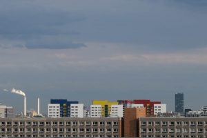 Luis Pita | Fotografía | Photography | Ciudades | Cities | (2015) Berlin - Alexanderplatz Skyline | coloridos edificios modernos en la silueta de Alexanderplatz un día luminoso aunque nublado | Colorful modern buildings in Alexanderplatz silhouette on a Berlin bright but cloudy sky
