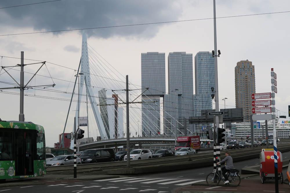 Luis Pita | Fotografía | Photography | Ciudades | Cities | (2016) Rotterdam | Erasmusbrug | la silueta de la modernidad en Rotterdam, una ciudad pensada para las personas |  silhouette of modernity in Rotterdam, a city designed for people | The Netherlands, a place to live