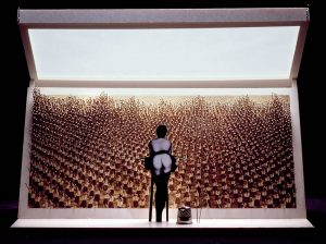 Luis Pita   Montajes tridimensionales   3-Dimensional Assemblies   (1992) El Artista ante los artistas   The Artist in front of the artists