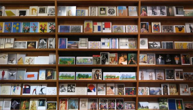 Luis Pita   Fotografía   Photography   Visiones interiores   Inner visions    (2015) Postcards of the Museum - Berlin   Alemania   Germany   Art Postcard shop   Tienda de postales de Arte