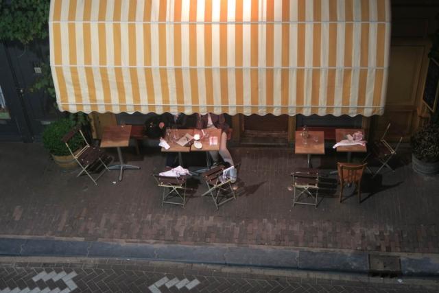 Luis Pita | Fotografía | Photography | Visiones exteriores | Exterior Visions |  (2016) Prinzenstraat - Amsterdam | Terrace at night