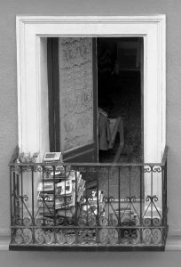 Balcones de Madrid (2016) Libros en el balcon
