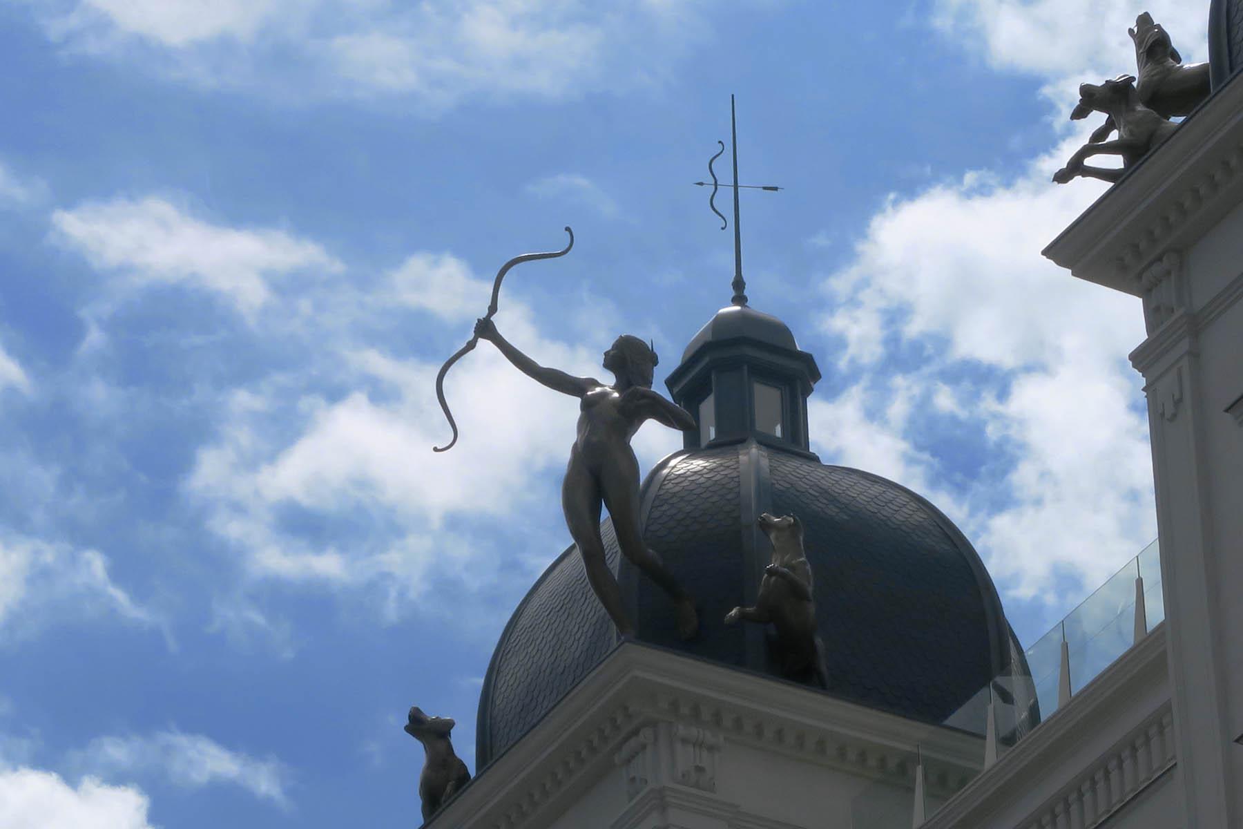 Luis Pita | Estatuaria de Madrid | Nueva escultura en Gran Vía (9)