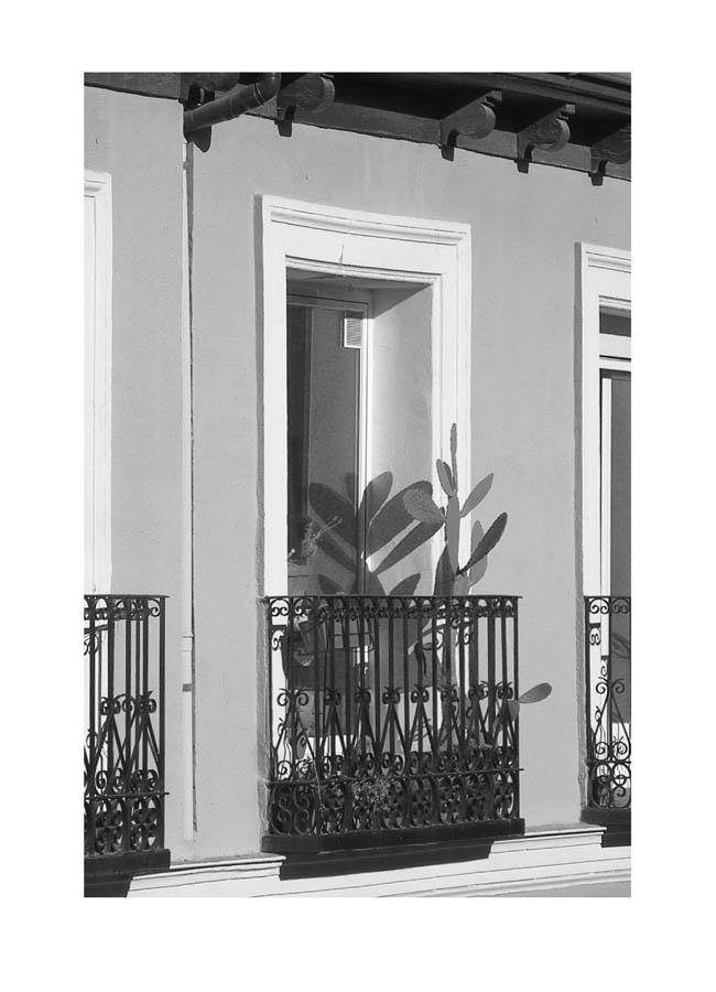 Luis Pita | Balcones (de Madrid) | Balconies | (2016) Balcones - 001